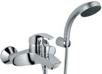 Как правильно выбрать смеситель для ванной с подключением душа?