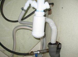 Правила подключения посудомоечной машины к сливу канализации