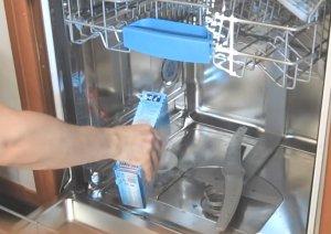Проверка посудомоечной машины после подключения проводится вхолостую