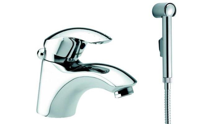 Шаровой смеситель с душем для ванной