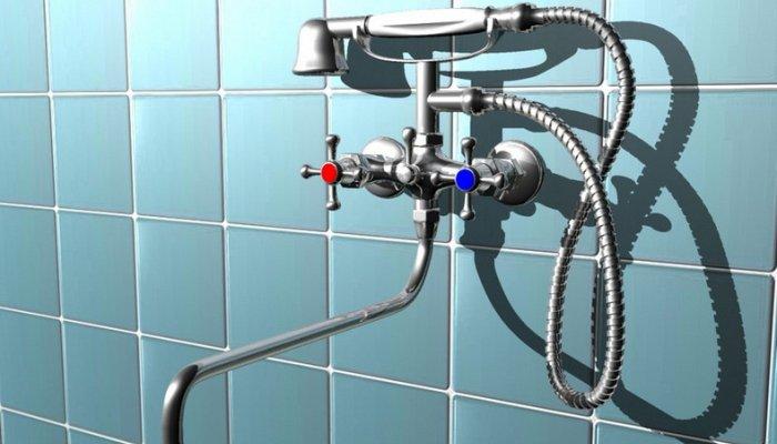 Смеситель с душем, установленный на стену