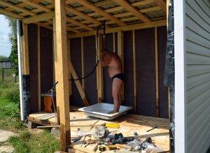 Как построить душ для дачи своими руками?