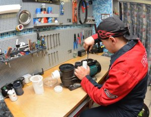 Основные поломки и способы ремонта насосов для откачки воды из бассейна