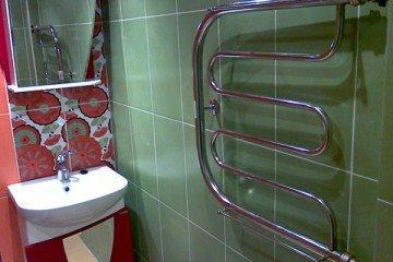 Инструкция по установке полотенцесушителя в ванной комнате своими руками