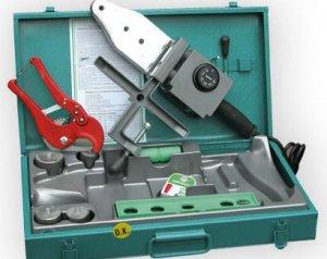 Инструменты, которые потребуются для монтажа водопровода из ПНД труб на даче