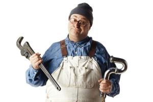 Как починить кран, если он течет, без вызова мастера?