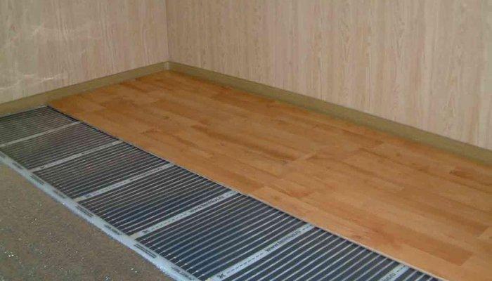 Пленочные или инфракрасные поды под ламинат