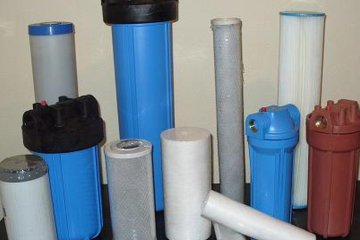 Какие фильтры помогут очистить воды из скважины на даче от извести?