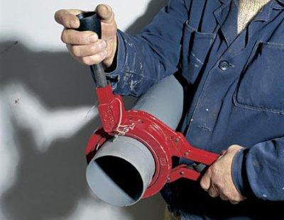 Особенности монтажа канализации из ПВХ труб и переходников